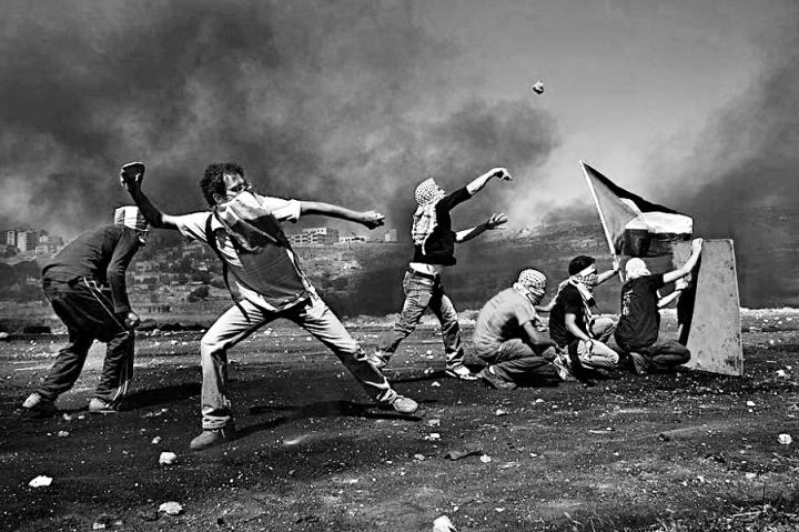 intifada-palestina en todo su furor B&N