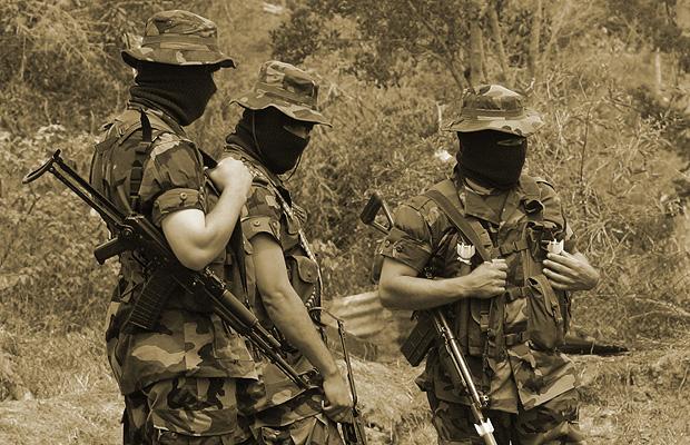 prohibir el paramilitarismo