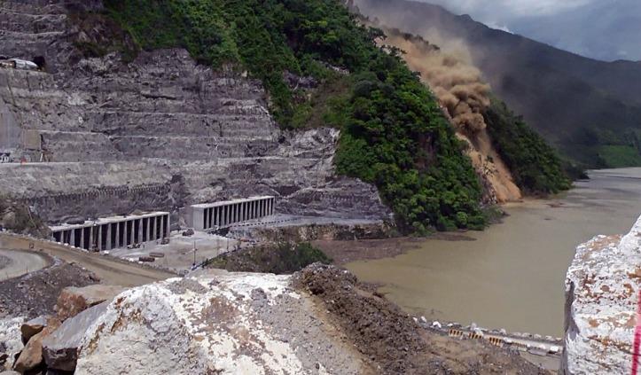 Derrumbe e inundación-kienyke.com
